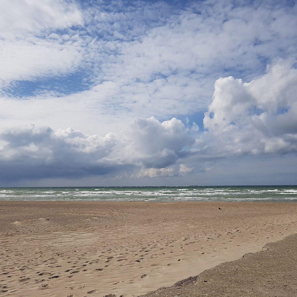 Aus Fotos werden Fantasien - Meerjungfrau & Bootsmann - Ausgangsfoto Strand